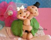 Lovey Hugging Turtles Wedding Cake Topper