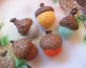 Felted Acorns, Autumn Color And Pumpkin Orange Needle Felted Acorns, Autumn Fall Thanksgiving Decor Nature Woodland Decor Waldorf Inspired