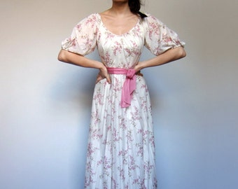 70s Sheer Floral Boho Maxi Ivory Scoop Neck Accordion Pleat Long Summer Dress Floor Length Sundress - Extra Small XS S