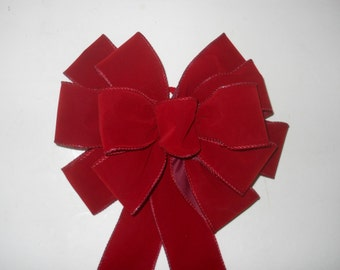 Red Velvet Bows, Hand Tied, Weatherproof, Lot of 10