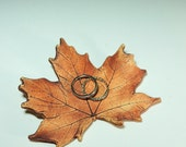 Maple Leaf Ring Dish / Handmade from Real Leaves in Stoneware Clay / Ring Dish / Wedding Decor / Wedding Favor / Nature Decor / Trinket Dish
