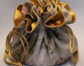 Holiday Floral Design--Jewelry Travel Tote--Drawstring Organizer Pouch--Medium Size