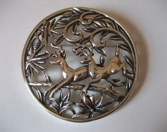 1960s SARAH COVENTRY Woodland Flight brooch pendant necklace. Sixties SC vintage costume jewelry.