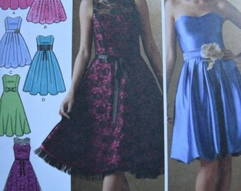 Simplicity 4070 Misses Dress with Bodice and Skirt Variations (uncut)