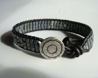 Gray Seed Beaded Leather Bracelet