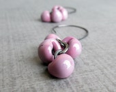 Lavender Earrings, Light Purple Earrings, Glass Drop Earrings, Lampwork Earrings, Purple Dangle Earrings, Oxidized Sterling Earrings