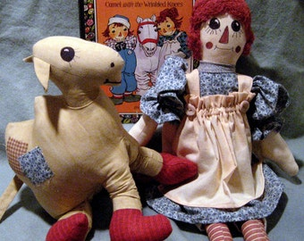 Both Primitive Doll & Wrinkled Knees Camel PDF Artist Patterns