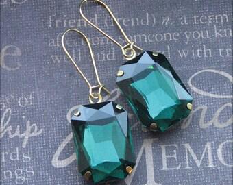 Emerald Glass Earrings Green Rhinestone Drop Earrings Cut Glass Earrings Wedding Jewelry Bridesmaid Earrings Square Emerald Earrings Gift