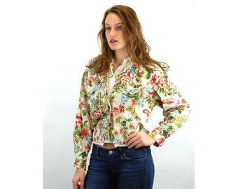 1980s floral jacket, linen jacket, cropped jacket, cabbage roses, Size M/L