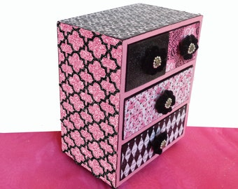 Girls Jewelry Box Personalized 4 drawer Shimmering Glitter Pink & Black