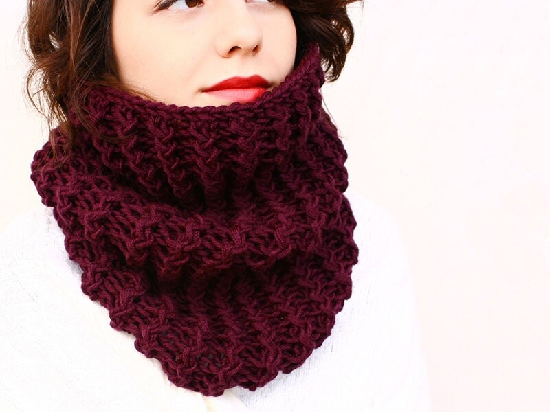 Hooded Circle Scarf Knitting Pattern : Senna - Bulky Zigzag Hooded Cowl - Knitting Cowl Pattern ...
