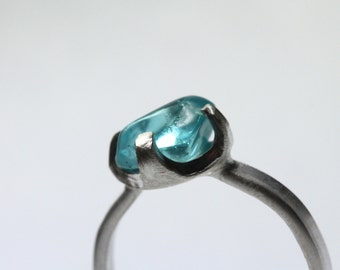 Rough Tumbled Neon Blue Apatite Silver Ring Winter Frozen Frost Raw Gemstone Band Unique 4 Prong Bezel Setting Gift Idea For Her - Tiny Ice