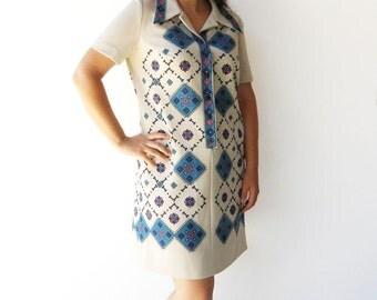 Vintage 1970s Dress / Geometric Print / Size L XL