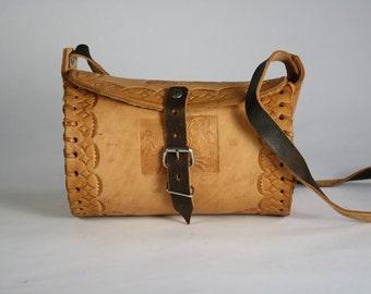 Vintage Mexican Tooled Leather Shoulder Strap Bag