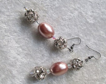 Strut Your Stuff Bling Diva Earrings - Mauve Pearls - Swarovski Crystals - Crystal and Silver Beads - Night on the Town