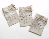 Linen gift bags, bridesmaids gift bags, wedding shower favor party bags, Spring flower bags, appliqued drawstring bags, flower girl gift bag