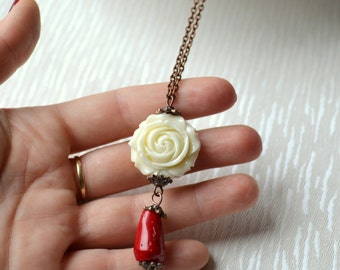 Romantic necklace Red and ivory rose necklace Boho jewelry Bohemian necklace Long necklace vintage style Rustic jewelry rose and coral charm