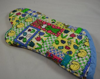Easter Oven Mitt/ Home Decor/ Kitchen Decor/ Housewarming Gift/ Birthday Gift/ Gift for Nerds/ Hostess Gift/ Fun Gift