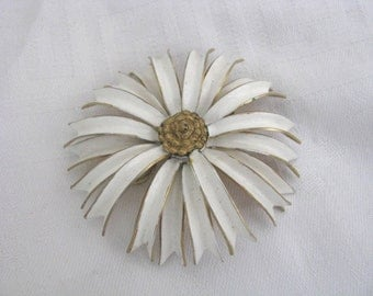 Vintage  Sandor white enamel flower brooch flower pin with gold tone center