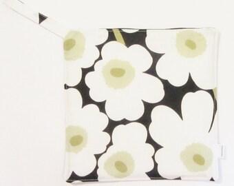 Mini Unikko MARIMEKKO pot holder,  hostess/ house warming gift,  authentic fabric from Finland, Handmade certified