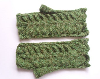 "Lace fingerless gloves. pattern  Hand circumference 8""  Green variegated  wool  Hand knit  Ready for shipping"