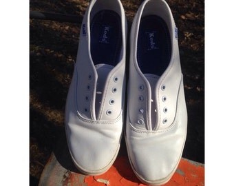 KEDS White tennis shoes (7)