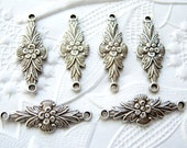 4 - Antiqued silver plated 2 ring floral connectors - YZ166