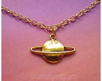 Saturn planet necklace, grunge, 90s, space alien
