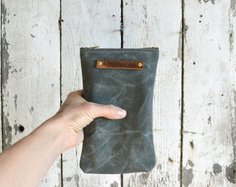 Waxed Canvas Scribbler Pouch, Accessories Cases, Waxed Canvas Bag, Pencil Case, Cosmetic Case, Makeup Bag, Zipper Pouch. Moss by Peg and Awl