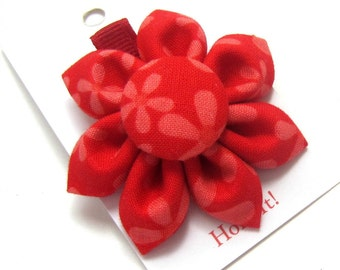 SALE! Fabric Flower Hair Clip, Flower POnytail Holder, Alligator Clip, Clippie, Baby Hair Clip, Girls Hair Clip, Adult Hair Clip, Red Daisy