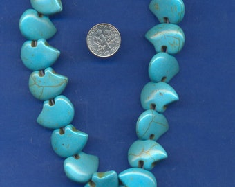 15 Inch strand of 15x22mm Magnesite zuni bear beads, Turquoise colored