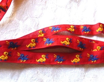 Vintage Red and Yellow Duck Trim, Woven, Narrow Duck Trim or Ribbon, Ducks, 2 YARDS, 1/2 in wide, Kids, Upholstry, Baby ribbon, Little ducks