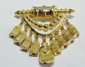 Nine Tassel Dangles. Gold Plated Brooch Apparel & Accessories Jewelry Vintage Jewelry Brooch
