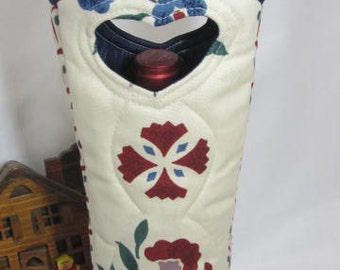 Stenciled Country Wine Bag Waverly Vintage Fabric Wine and Spirits Quilted Fabric Wine Bag