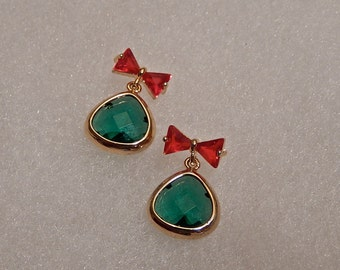 Bow Earrings, Bright Red Glass Bow, Green Glass Stone, Smal Dangles, Gift, Christmas Earrings, Holiday Earrings