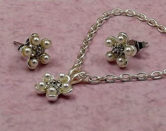 Pearl Flower Necklace Earring Set, Clear Crystals, Silver Chain, Stud Earrings