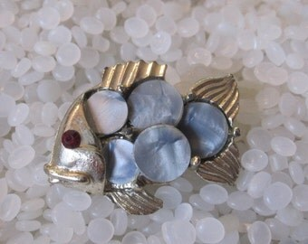 Vintage  brooch, fish, Mother of pearl