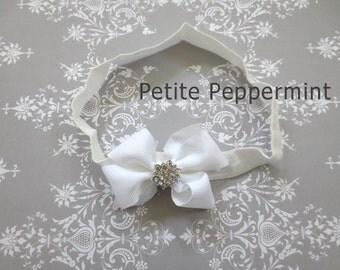 White Baby headband, baby girl headband, newborn headband, toddler headband,White bow Baby Headband,White Infant Headband