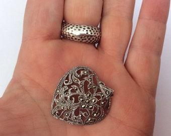 Vintage sterling silver floral marcasite pendant