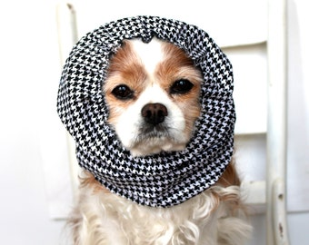 Black Houndstooth Dog Snood - Stay-Put 3 Rows Elastic Thread - Long Ear Coverup - Cavalier King Charles or Cocker Snood