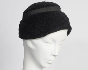 1950's Black Hat With Bow