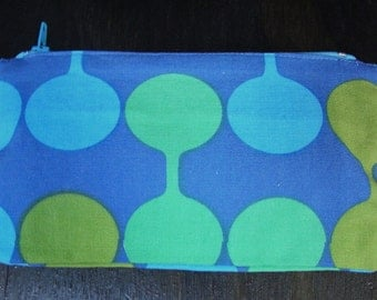 Mid Mod spot lined zip case with midcentury modern print in blue, green, and olive