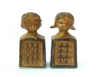 Vintage Salt and Pepper Shakers, Brown Stoneware Girl Boy, Retro 1970s 70s Housewares, Brown Earth Tones Neutrals, Boho Kitchen
