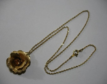 Vintage Necklace with Gold Tone Rose Pendant