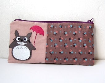 Happy smiling Totoro with umbrella small pouch, my neighbor totoro