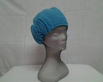 1920's Crochet Turquoise  Flapper Hat with Bow, Crochet Winter Turquoise Cloche Hat .