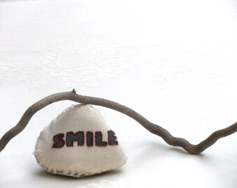 Smile  Sign Word pebble, Home Decor, Shabby chic Decor,Crochet Stone, Paperweight, Door stop, Cottage Garden Decor, Upcycled Stone