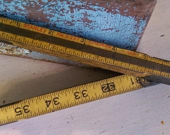 Vintage Measuring Stick/Folding Ruler/Carpenter's Yardstick