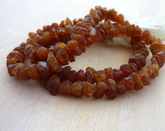 Rough hessonite garnet nugget beads 2-5mm 1/2 strand