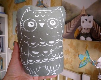 Fidji  Owl , soft art  creature  toy by  Wassupbrothers.  owl stuffed textile doll nursery decor, painted decor, softie, unique ooak owl